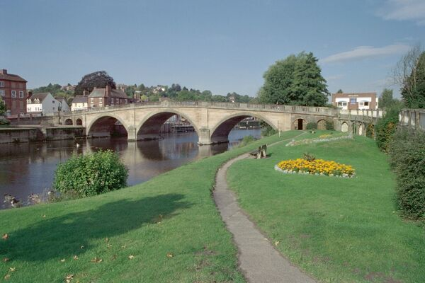 Severn Bridge, Bewdley. © Philip Williamson LRPS  Source: Images of England