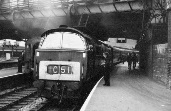 Class 52 Western Diesel Locomotive at Paddington Station. © Steam Picture Library