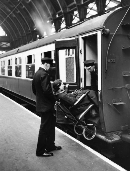Paddington Station Staff, 1937. © Steam Picture Library