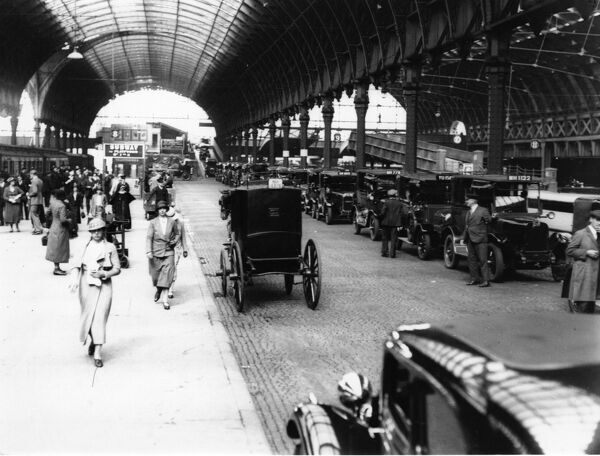 Taxi Rank at Paddington Station, 1934. © Steam Picture Library