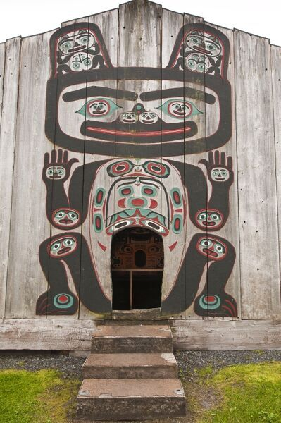 Chief shakes tribal house historic site wrangell for Tribal house