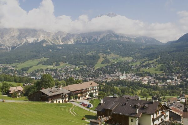 cortina dampezzo senior dating site Book your tickets online for the top things to do in cortina d'ampezzo, italy on tripadvisor: see 4,462 traveler reviews and photos of cortina.