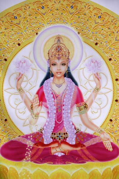 picture of lakshmi goddess of wealth
