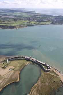 Aerial view of Hurst Castle N071875