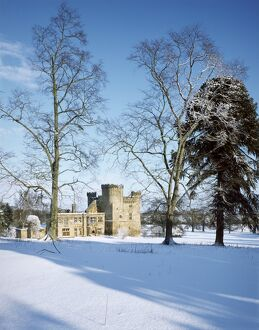 Belsay Castle in snow J860383