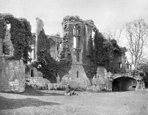 Kenilworth Castle c.1870 BB86_08584