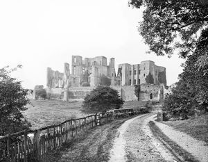 Kenilworth Castle CC72_02158