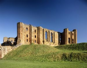 Kenilworth Castle J050157