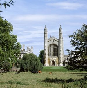 <b>Cambridge</b><br>Selection of 22 items
