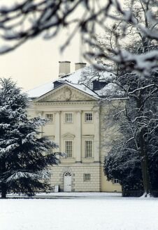 Marble Hill House in the snow M030022