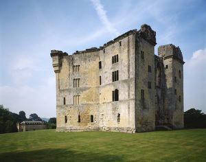 Old Wardour Castle J930287