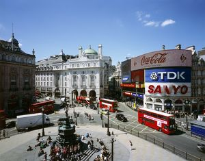 Piccadilly Circus J070042