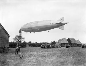 R101 at Cardington EPW029993