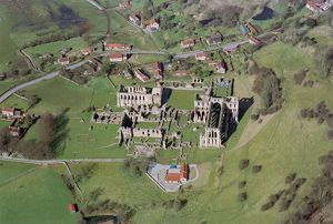 Rievaulx Abbey N070690