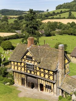 Stokesay Castle Gatehouse N080452