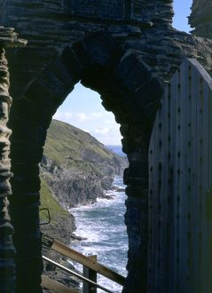 Tintagel Castle K980812