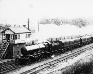 No 111 The Great Bear, passing Twyford c1920
