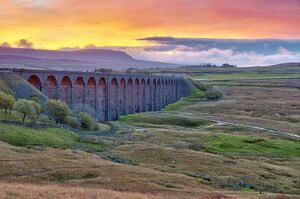 pen y ghent ribblehead viaduct settle carlisle railway