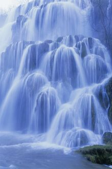 Waterfall, Les Messieurs, Jura-Baume, Franche-Comte, France, Europe