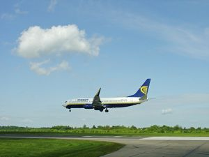 Boeing 737-800 Ryanair landing at Stansted Airport