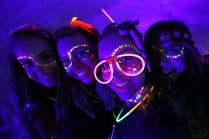 <b>Electric Run</b><br>Selection of 33 items