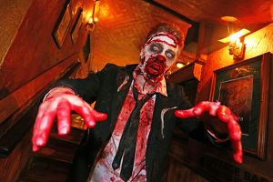 <b>London Zombie Walk</b><br>Selection of 68 items