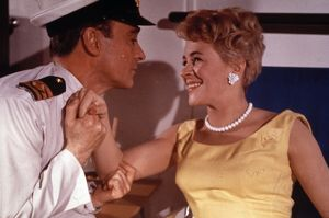 <b>CARRY ON CRUISING (1962)</b><br>Selection of 32 items