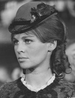 <b>JULIE CHRISTIE</b><br>Selection of 27 items