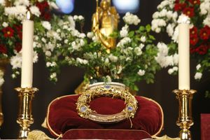 Christ's Passion relics at Notre Dame cathedral