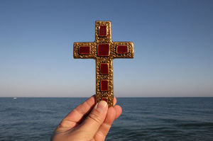 Cross and sea